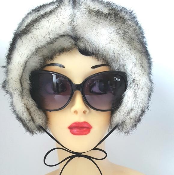 df0d64616d9af NWT BETSEY JOHNSON Faux Fur Trapper Hat